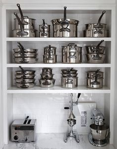 love this for pots and pans storage