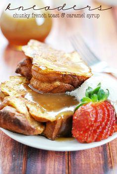 kneaders Chunky French Toast & Caramel Syrup | www.somethingswankycom