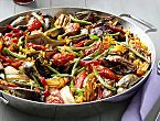 A #MeatlessMonday Paella that's perfect for any day of the week