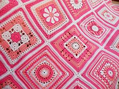 Pink square blanket 2011 (list of squares & links to pattern)