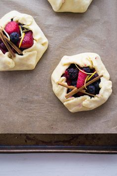 La Gallette: The craving to bake a mixed berry galette