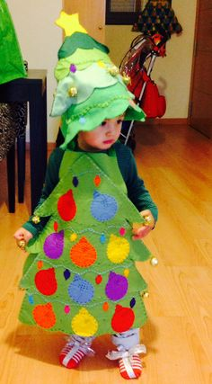 Disfraces on pinterest tree fu tom owl costumes and - Arbol de navidad para hacer con ninos ...