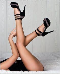 boudoir pose