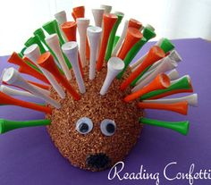 Is this not the cutest Father's Day craft ever for a golfer? Make Dad a Golf Tee Porcupine!