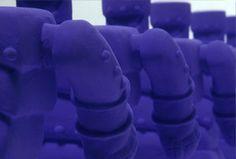 Nid Kelly:  Ceramic robot