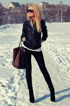 winter style. Absolutely love this look. So chic....minus I don't like to do heels on ice. Im not a great skater.