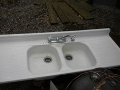 Vintage Youngstown Double Bowl Double Drainboard Sink. via Etsy.