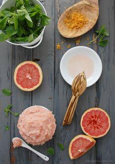 grapefruit peppermint sugar scrub 1