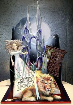 Booklicious: Jaw-Dropping Book-Inspired Cakes