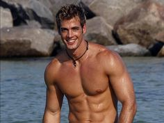 mmmm William Levy