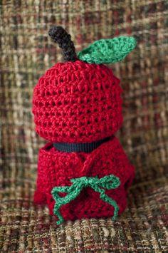 Apple Hat and Diaper Cover Crochet Newborn Photo Prop Set