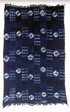 Africa | Woman's wrapper by Kovadu N'gri Bernard | Oumé, Gouro, Ivory Coast | Cotton; indigo tie dye (plangi)