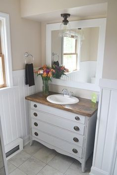 DIY:: Beautiful Budget Cottage Bathroom Makeover....so pretty