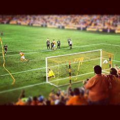 Houston #Dynamo score goal number 3 against the Philadelphia Union.