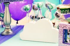 Cloud-shaped lollipop!