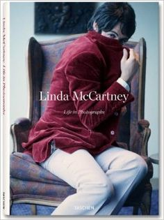 Linda McCartney: Life in Photographs: Annie Leibovitz, Martin Harrison, Alison Castle, Linda McCartney: 9783836527286: Amazon.com: Books