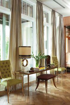 Seda cinzento nas cortinas - fabuloso. transom windows, living rooms, nate berkus, elle decor, floor, decorating blogs, living room walls, window treatments, curtain