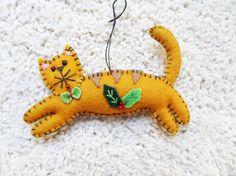 felt applique, cat felt, appliqu ornament