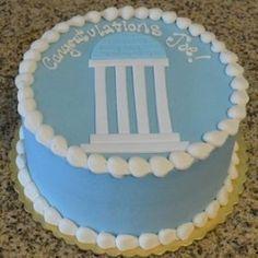 Basic UNC Graduation Cake