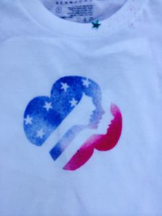 Girl Scout Memorial Day Parade T-shirts! Freezer paper iron on templates+ Dollar Store stars+S.E.I spray dye!