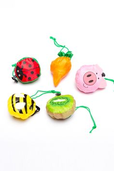 these little guys unfold into reusable shopping bags. adorbs.