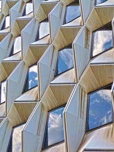 Geometric façade I  by Daniel Schwabe