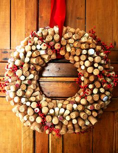 A Xmas garland made of corks
