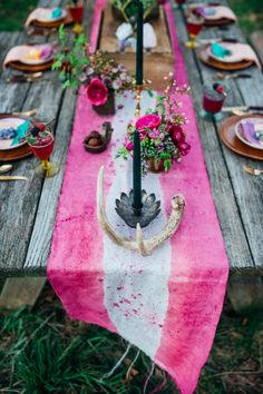DIY Hand-dyed table runner with antler and black candle decor | Paula Bartosiewicz Photography | see more on: http://burnettsboards.com/2014/05/bohemian-gemstone-shoot-diy-elements/ #antlers #tablescape #diy