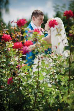 Wedding in Kyiv, Ukraine! Botanic Garden photographer Max Porechkin www.mfoto.kiev.ua