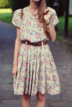 flowers floral prints, flower dresses, flower prints, vintage floral, sweet dress, day dresses, leather belts, floral dresses