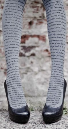 Book tights! I don't think I would ever wear these or be able to pull them off but they are pretty sweet