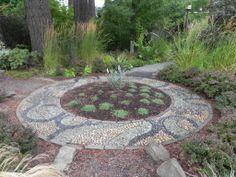 Pebble Mosaic in Vanessa Nagel Garden https://www.facebook.com/SublimeGardenDesign/photos_stream