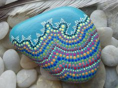 Dot Painted Stone/TheLakeshoreStore/Painted par TheLakeshoreStore