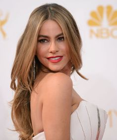 Sofía Vergara wore her red lipstick and she wore it con un orgullo! The CoverGirl face let us in on her beauty VIP, crediting the classic shade as CoverGirl Outlast All-Day Lipcolor in 507 Ever Red-dy. #Emmys