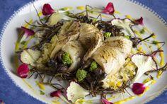 Enrolado de peixe com quinoa e recheio de cogumelo e cream cheese - Receitas - Receitas GNT