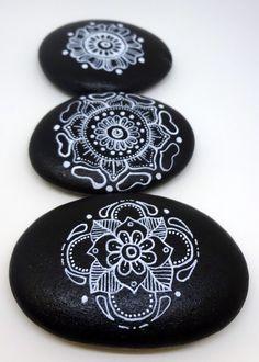 Mandala Hand Painted Stones Set