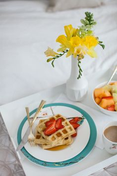 Newlywed Breakfast in Bed with Macy's #registrytoreality Photography: Keith Morrison instagram.com/keithemorrison
