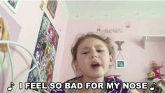 "This Little Girl Changed The Lyrics Of ""Let It Go"" To ""Let Me Poop"" And It's Absolutely Hilarious"