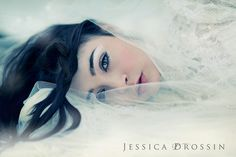 Snow by {jessica drossin}, via Flickr  Love the soft look of this.