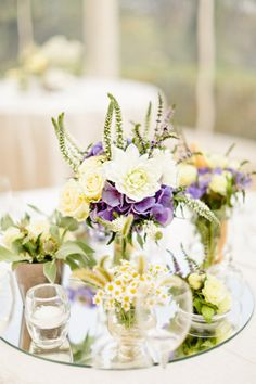 the prettiest flower-filled centerpieces Photography by Xavier Navarro / xaviernavarro.com, Floral Design by Sabine Flowers / sabineflowers.fr