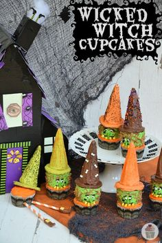 Wicked Witch Cupcakes :: HoosierHomemade.com