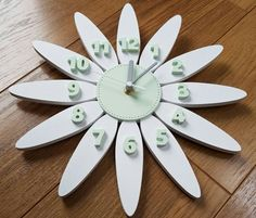 Daisy Clock - in mint green & white.