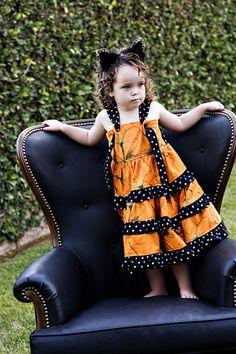 MOMI boutique Halloween twirl dress
