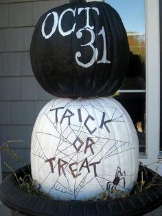 DIY Halloween Pumpkins halloween halloween party halloween decorations halloween crafts halloween ideas diy halloween halloween pumpkins halloween jack o lanterns halloween party decor jack o lantern ideas
