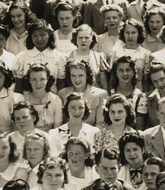 Vintage Marilyn Monroe! Wow -- Marilyn Monroes Rare 1941 High School Photo Hits Auction Block