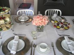 table setting at Gingham Cottage