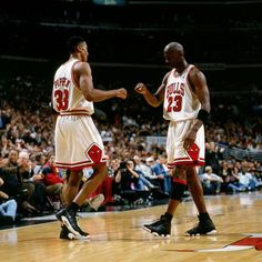 Michael Jordan and Scottie Pippen   The best duos in NBA history.