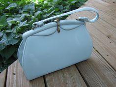 Vintage Girl: Repairing The Vintage Handbag