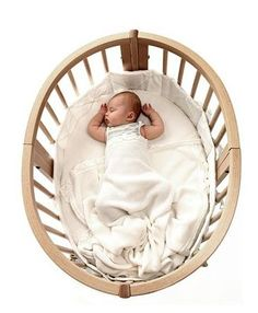 It's hip not to be square / stokke sleep mini