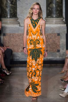 Emilio Pucci Spring 2015. See the best runway looks from Milan Fashion Week here.